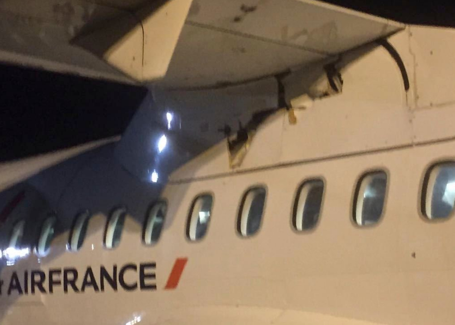 Incredibile incidente aereo Air France volo Orly-Aurillac