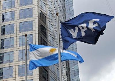 Gobierno de Macri vende 25% de petrolera YPF a estadounidenses