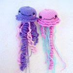 http://www.craftsy.com/pattern/crocheting/toy/jellyfish-crochet-pattern/171604