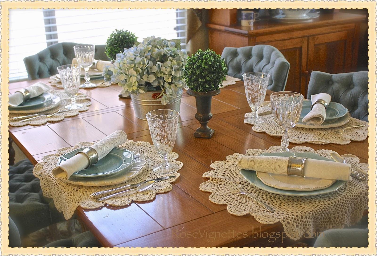 Rose Vignettes Hydrangea Blue Table Scape
