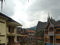 Hotel Danau Dariza Garut : Seperti Menginap di Negeri Dongeng