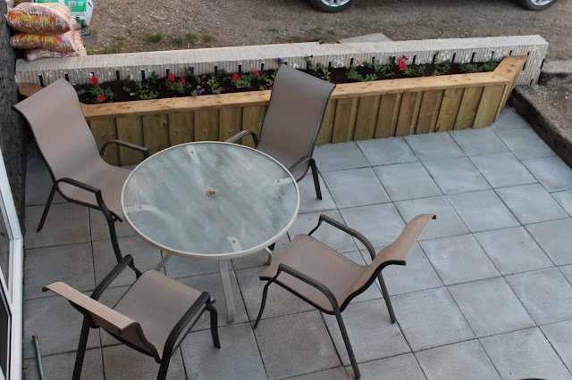 Patio, planter, furniture
