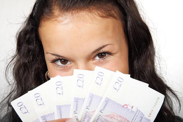 Handla valuta på nätet inför resan forex