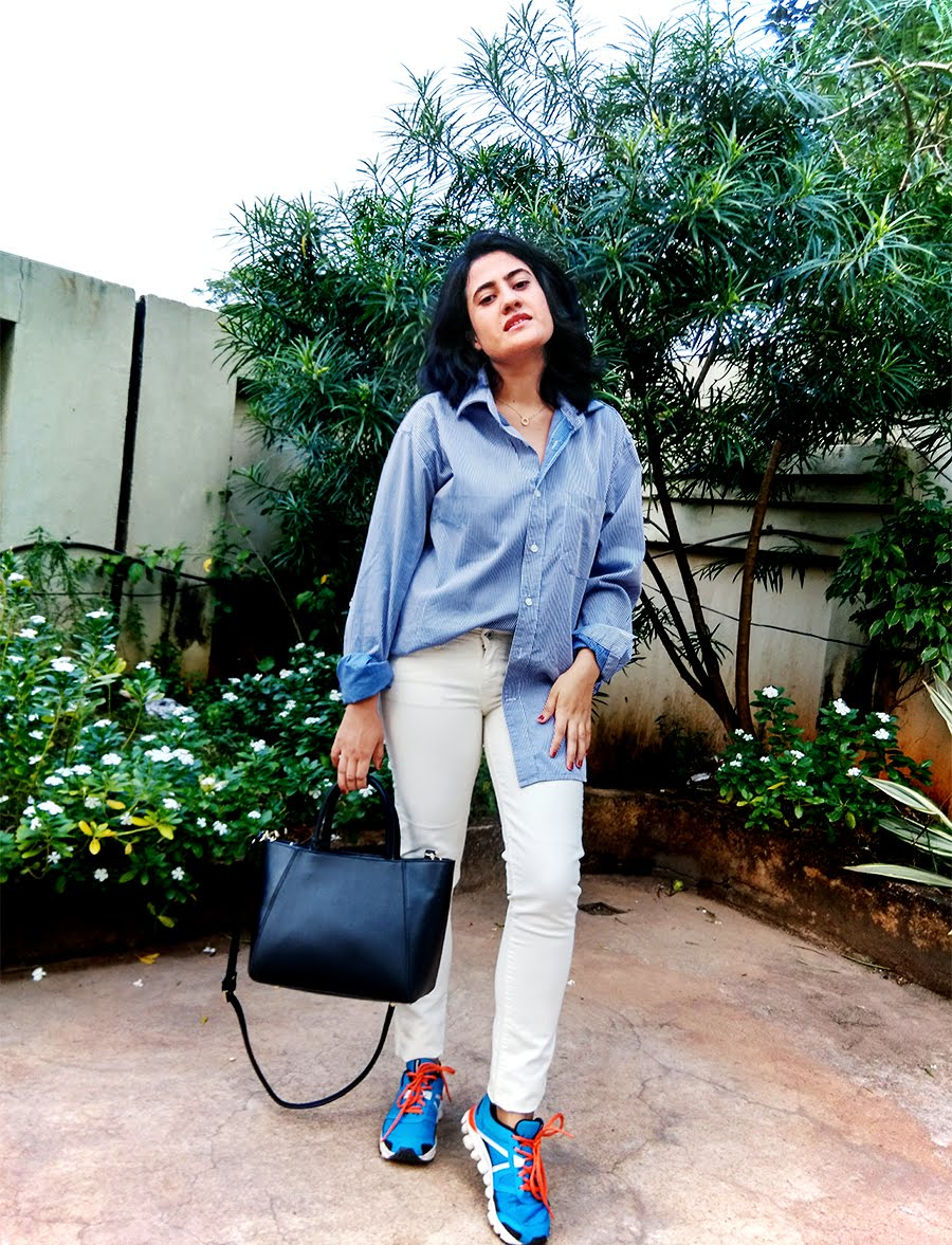 striped shirt Zara,Levi's white denim, Reebok Hexaffect shoes, Zara bag,styleblog,indianfashionblogger