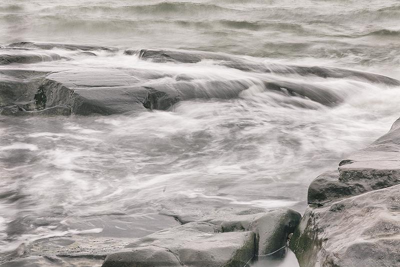 Meri-Pori, Pori, visitpori, meri, sea, cliff, rock, kallio, Kallo, pitkä valotusaika, Visualaddict, valokuvaaja, Frida Steiner, luonto, nature, luontovalokuvaus, photography, Finland, Suomi, experience, discover, aallot, waves