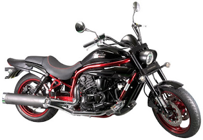 Hyosung Aquila Pro 650 cruiser right side image
