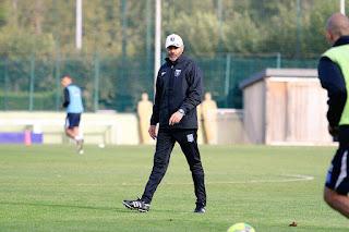 Cédric Daury lors de son premier entrainement aux commandes de l'equipe première de l'AJA, le Vendredi 7 octobre 2016