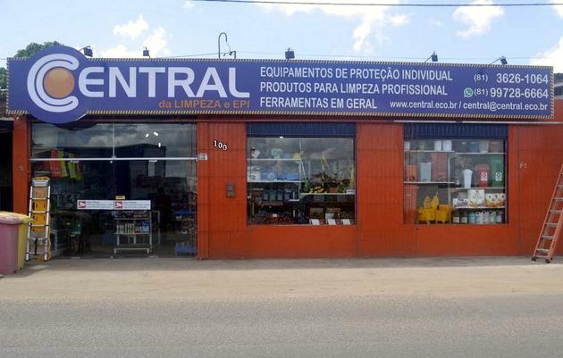 Perto de completar quatro anos de atividades, a Central da Limpeza e EPI,  loja especializada de produtos e equipamentos para limpeza, EPI s,  escritório, ... 87b22df79a