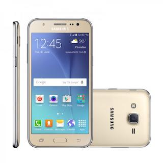 Tiga tahun lalu, Samsung merilis generasi pertama Samsung Galaxy J5 di Indonesia. Spesifikasinya meliputi layar HD Super AMOLED 5 inci beresolusi 720 x 1280 piksel, prosesor quad-core Snapdragon 410 1,2 GHz, kartu grafis Adreno 306, dan dipadu RAM 1,5GB.  Soal banderol, kini harga Samsung Galaxy J5 2015 sudah tak bisa dilihat secara resmi. Hal ini karena Samsung telah merilis dua generasi Galaxy J5 pasca smartphone ini rilis.  Namun Harga Samsung Galaxy J5 2015 bisa diamati di e-Commerce. Menurut pantauan, harga Samsung J5 2015 seharga Rp 1.500.000 hingga Rp 2.200.000. Harga Samsung Galaxy J5 2015 yang lebih murah bisa kamu dapat jika membeli second atau batangan.