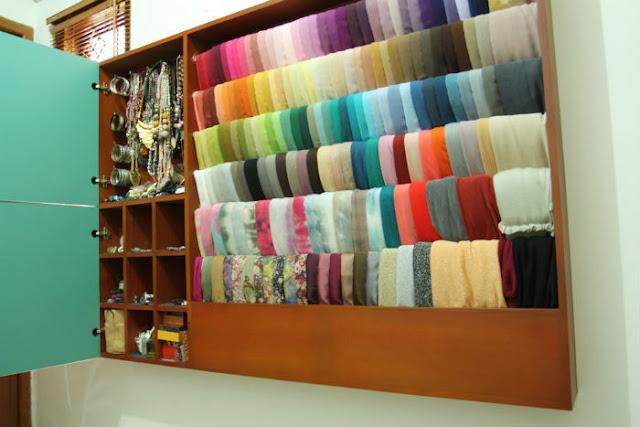 6 Tips Agar Jilbab Tidak Mudah Kusut Saat Disimpan