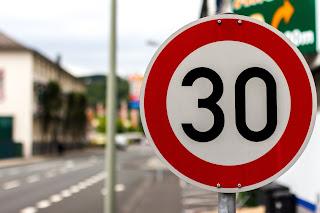 Medidas de mejora en seguridad vial: refuerzos y novedades - Fénix Directo Blog