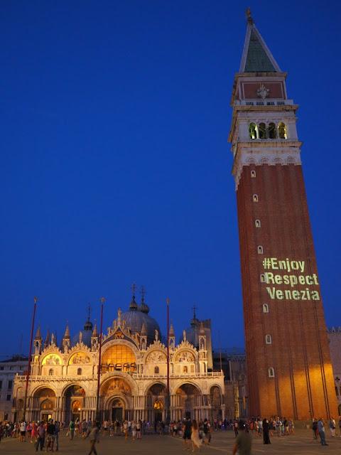 Bazilika Sv. Marka, náměstí Sv. Marka - Basilica San Marco, Piazza San Marco - Benátky v noci, Venezia at night