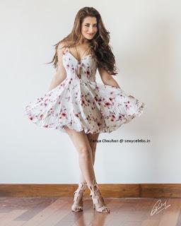 Taanya Chauhan in Bikini Indian Model (12).jpg