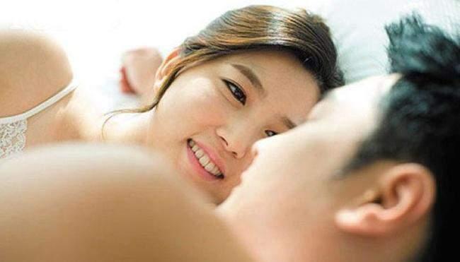 Những câu nói khiến cuộc 'yêu' hưng phấn hơn mà 90% các chị em không biết - Ảnh 2