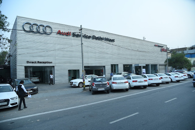 Audi Delhi West Service opens doors to blogger fraternity for hands on experience in their workshop