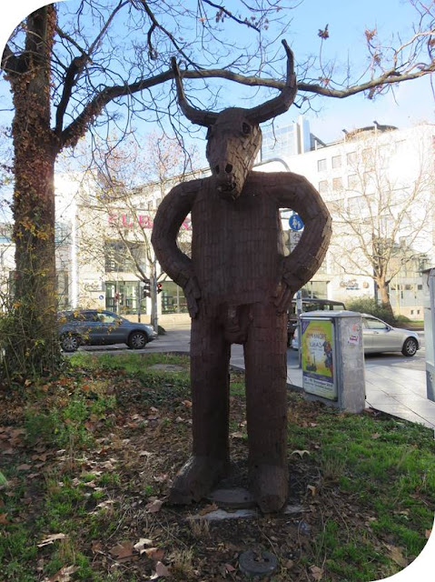 Christmas in Stuttgart: moose statue