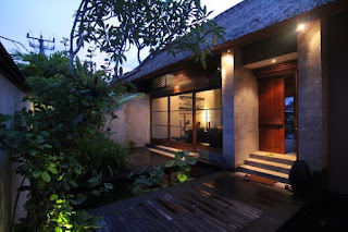 Reservation, Cook and Spa Therapist Vacancies at Luwak Ubud Villas