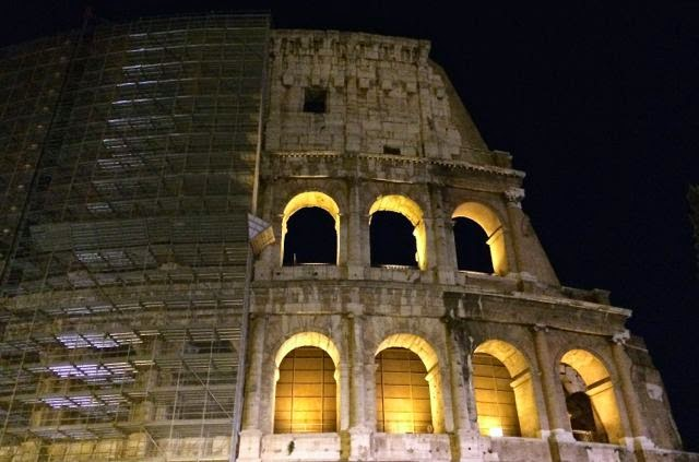 Gillian's Lists: The Colosseum at Night {Tours in Rome}