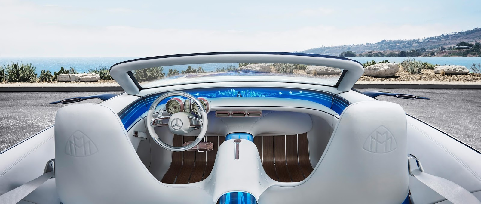 Google1st maybach convertible mercedes benz cabriolet visions for Mercedes benz helms