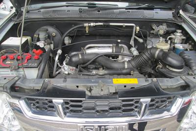 Mesin Turbodiesel Isuzu Panther Touring dan Grand Touring