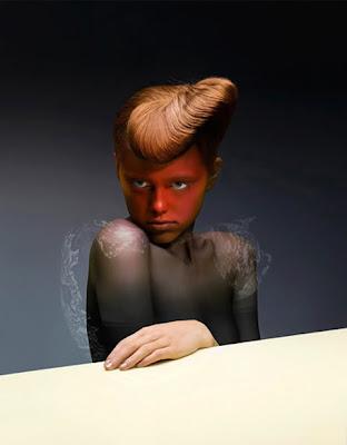 Manipulación fotografica de una mujer