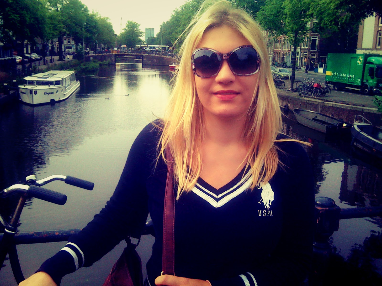 to do in amsterdam one day