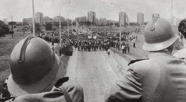 #протести, #студенти, #диктатура, #власт, #Вучић, #Србија, #Београд,