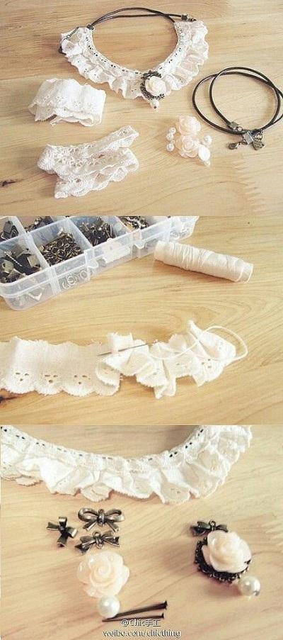 Kalung terbuat dari kain renda