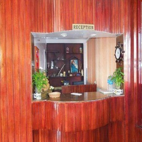 budget family accommodation in thekkady, cheap and best hotel in thekkady for family