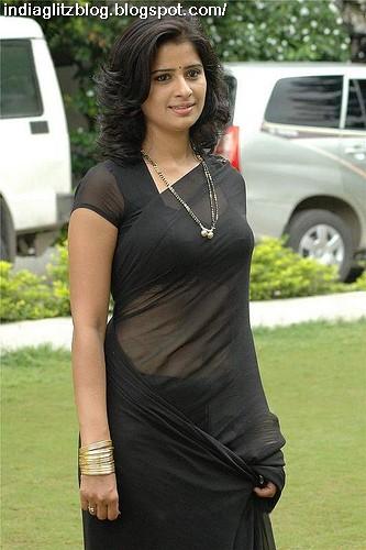 FREDA: Big tits in white saree