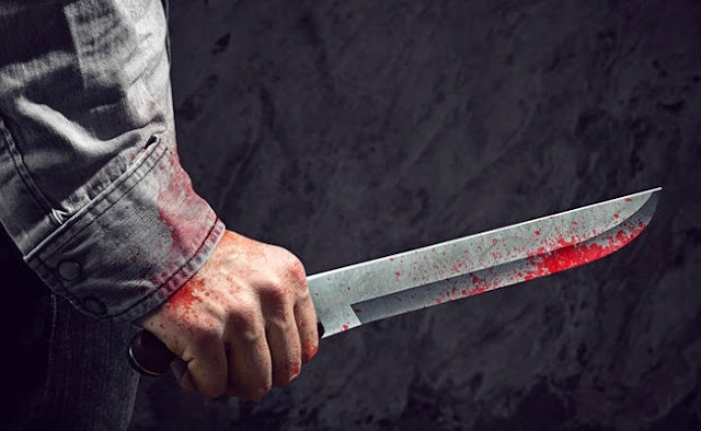 63χρονος αποπειράθηκε να κόψει τον λαιμό του με μαχαίρι μέσα σε καφενείο της Τρίπολης