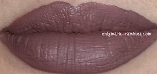 DUX-Lingerie-Shade-12-Pale-Swatch-Review