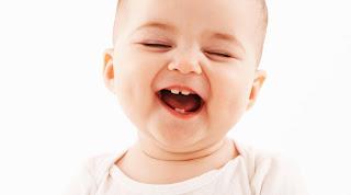 التسنين, دليل التسنين, عراض التسنين, اعراض التسنين في الشهر السادس, اعراض تسنين الرضع, اعراض ظهور الاسنان, ,شكل لثة الطفل عند التسنين ,ظهور اسنان الطفل مبكرا ظهور الاسنان في الشهر الرابع, فقدان الشهية عند الرضع اثناء التسنين, ,متى تبرز اسنان الطفل مراحل نمو اسنان الطفل, نمو الاسنان عند الاطفال,
