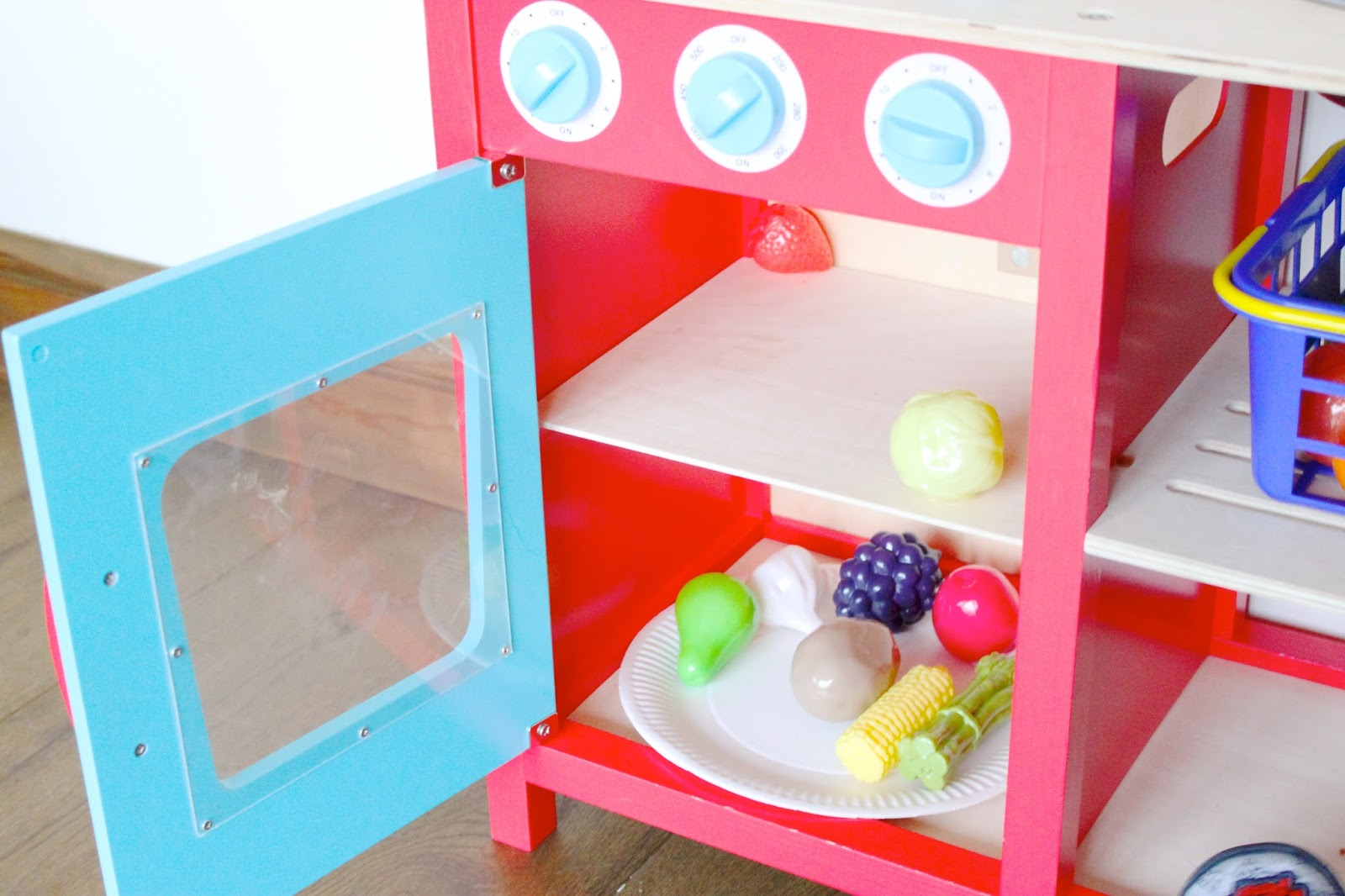 GTLC Cavendish Play Kitchen