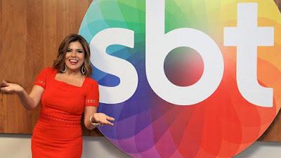 """Mara Maravilha estreia no programa """"Fofocando"""" do SBT"""