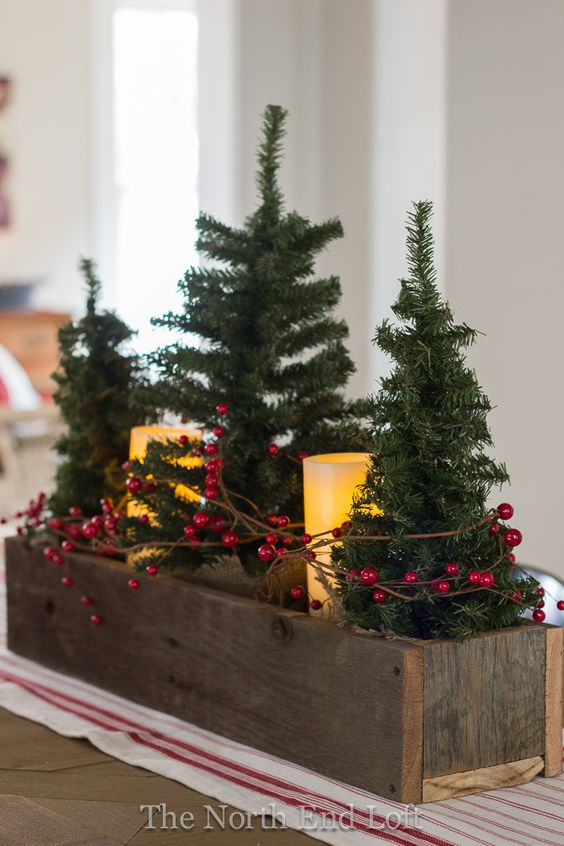 DIY Christmas Centerpieces For The Most Festive Table Ever