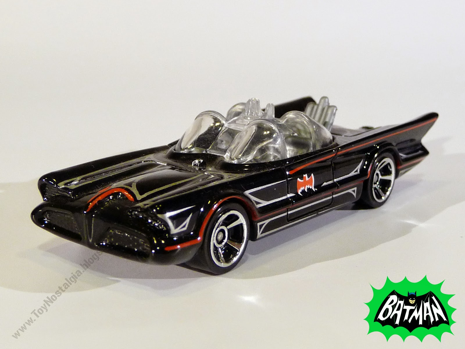 Hot Wheels Batman Batimóvil 1966 TV Show 1:64 (2013)