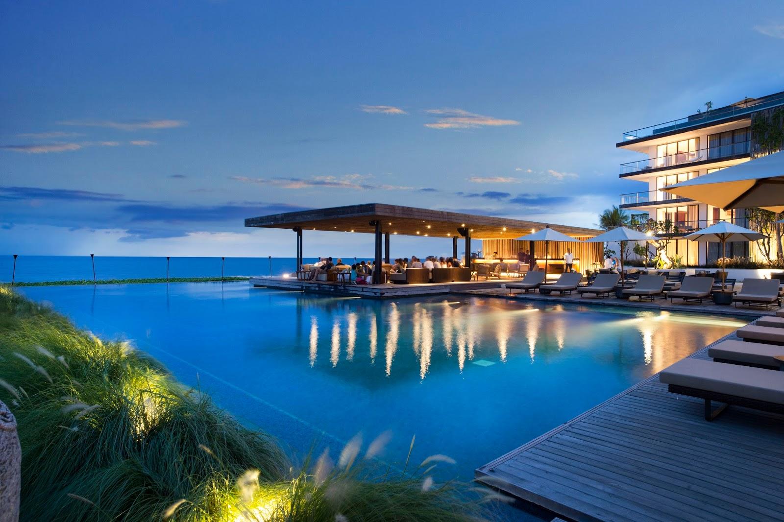 Burhan Abe\'s Blog: The Restaurant & Beach Bar @ Alila Seminyak
