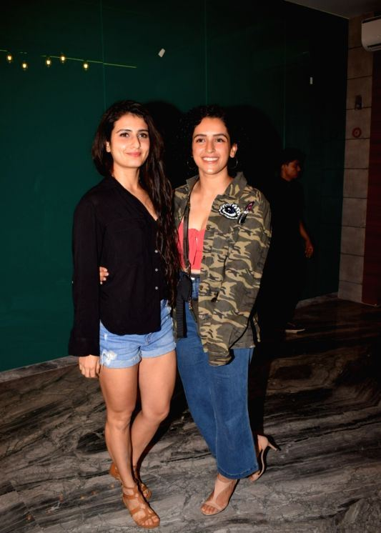 Actress Fatima Sana Shaikh Hot Tight Thighs Show Photos