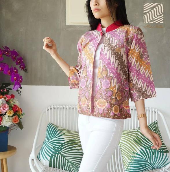 Model Baju Atasan Muslim Wanita