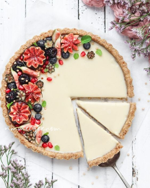 NO-BAKE WHITE CHOCOLATE GANACHE TART (VEGAN, GLUTEN FREE)