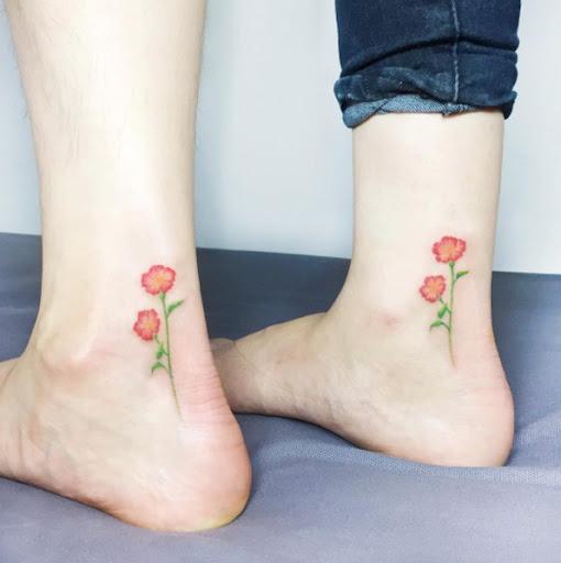 Estes correspondência floral tatuagens