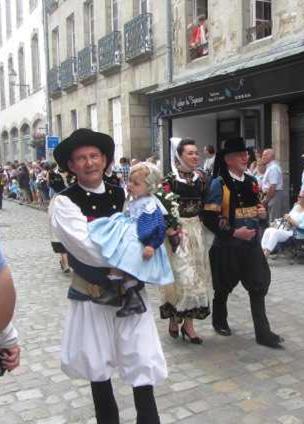 Broderie bretonne