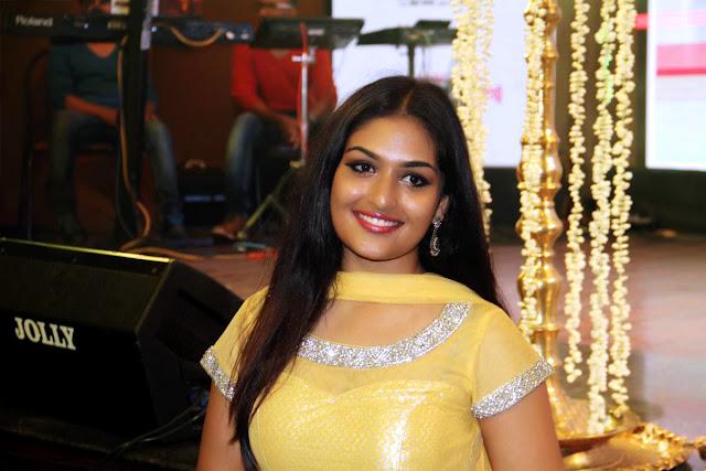 Prayaga Martin hot
