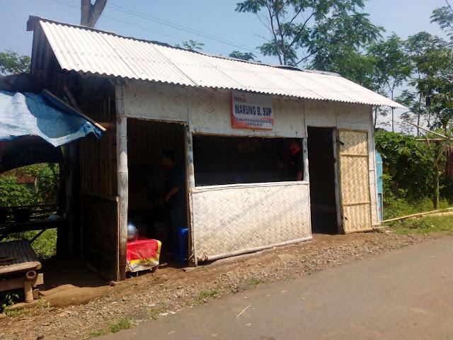 Bedah Warung Pemberdayaan Ekonomi Dhuafa yang sudah dilakukan Lazismu Jember