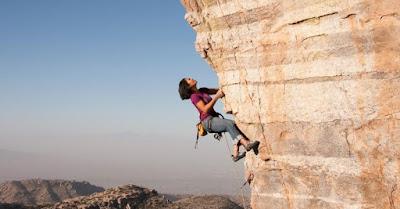 Inilah Beberapa Teknik Rock Climbing yang Benar untuk Anda yang Masih Awam