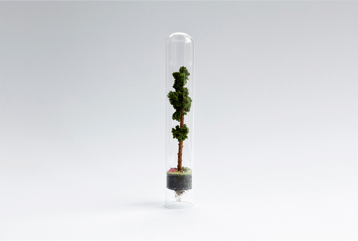 14-Rosa-de-Jong-Architectural-Miniature-Worlds-Inside-Glass-Test-Tubes-www-designstack-co