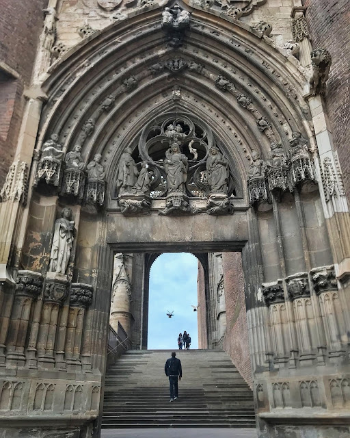 Enterance to the Albi Cathedral in Occitanie