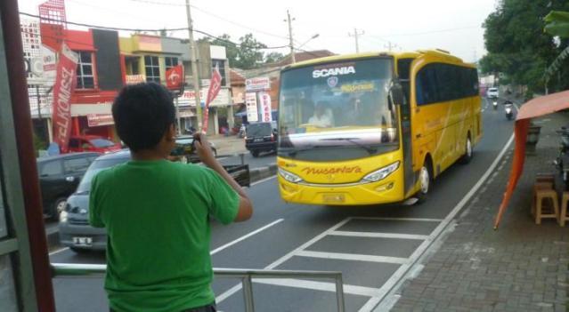 "Menhub Imbau Bus Tak Permainkan ""Klakson Telolet"""