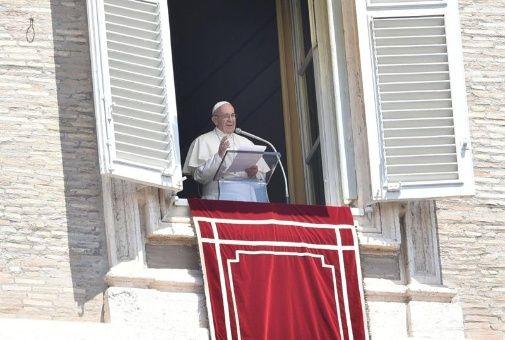 Papa llama a diálogo y moderación ante conflicto en Jerusalén